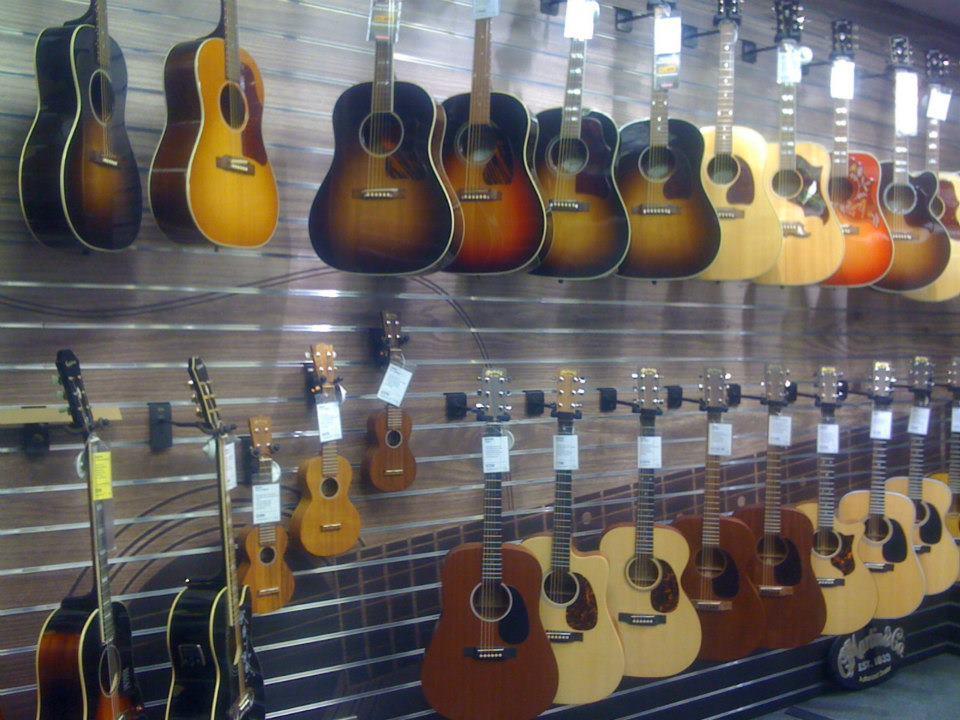 dawsons-acoustic-guitars