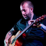 Live review: Jon Gomm @ LEAF on Bold St 12/9/13