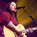 Live review: Lucy Spraggan @ O2 Academy Liverpool 7/11/13