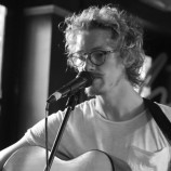 Live review: Johnny Sands' Acoustic Session @ Heebie Jeebies 14/12/13