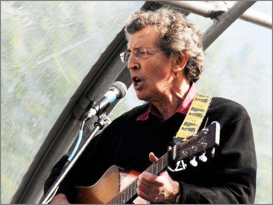 Folk legend Leon Rosselson returns to Liverpool in September