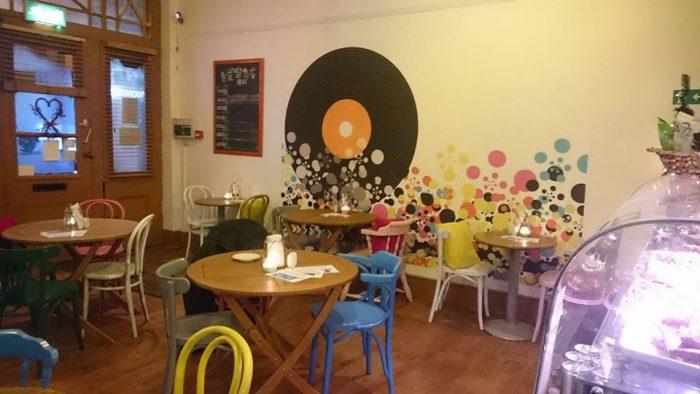 81 renshaw cafe