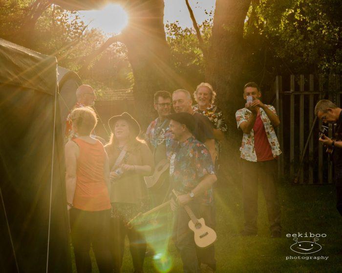 ukulele festival crowd
